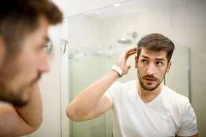 How to remove dandruff according to doctors in 2021